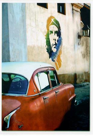 Che and Havana Car