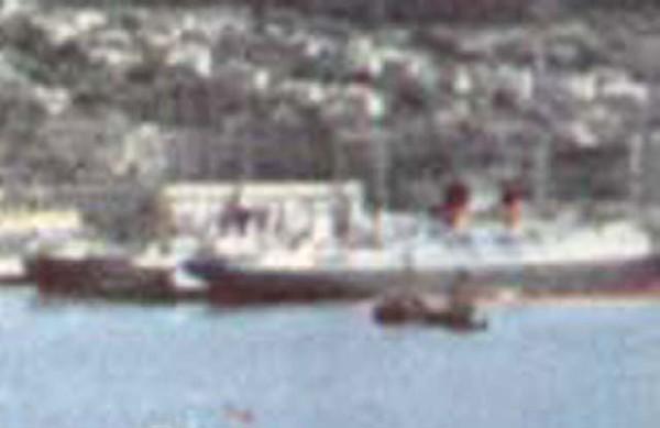 Crop right Boat Harbour Wellington New Zealand-001