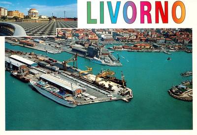 SUNDREAM & Small vessel Livorno