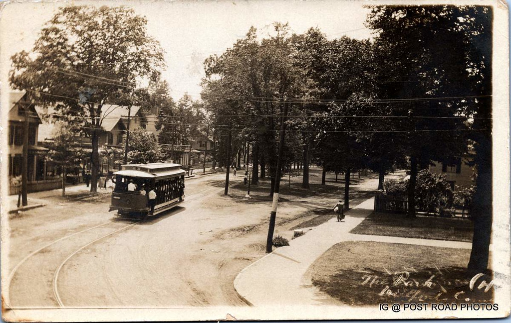 Postcard-USA-milford-connecticut-ellie-russo-benefico+scan FF680W downtown trolley rounding the bend off broad on  to river RPPC -008