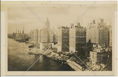 Manhattan East River before East River Drive
