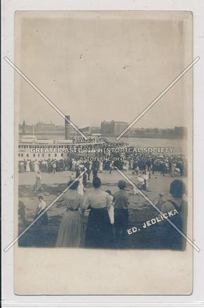Arrival of Czech Sokol, East River