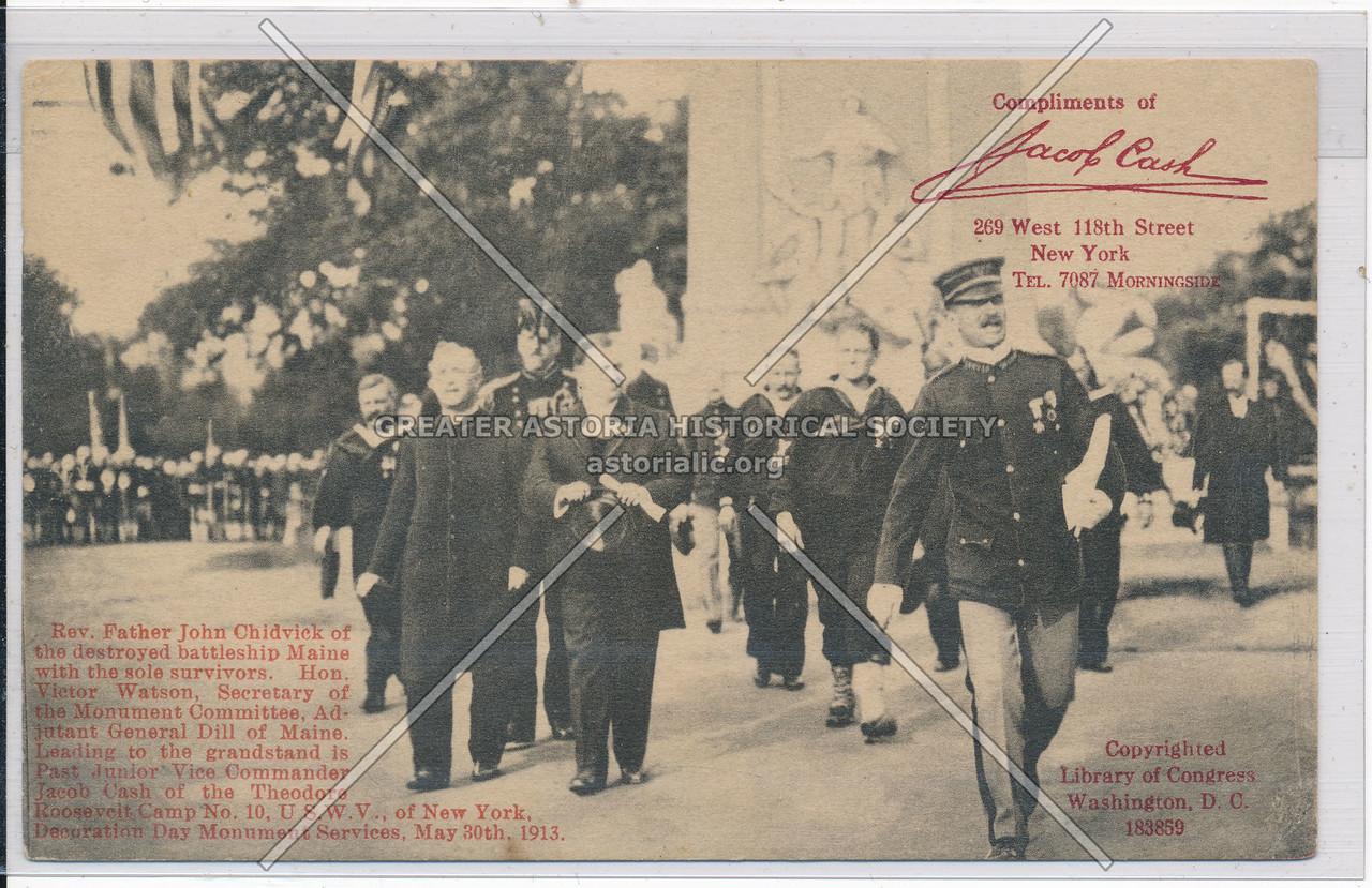 Rev. Father Chidvick and battleship Maine survivors, Decoration Day, 1913