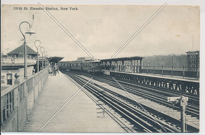 110th St. Elevated Station, New York (black and white)