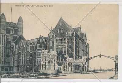 Hamilton Gate, City College, New York (black and white)