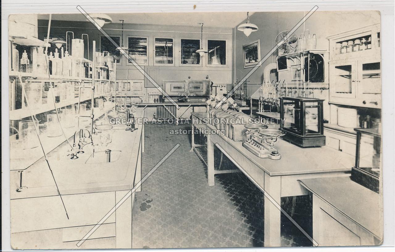 Fleichmanns Lab, 69 Bank St, NYC