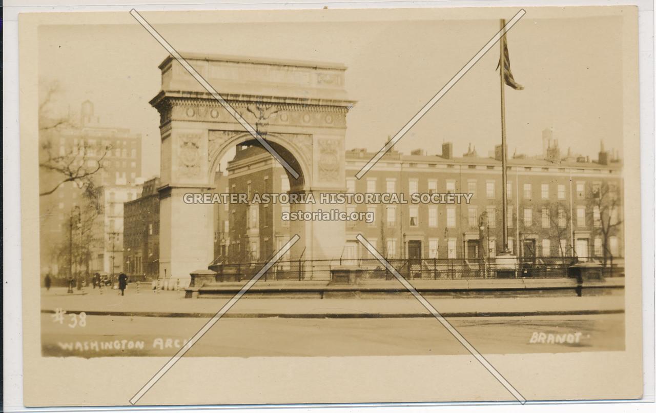 Washington Arch and Fountian, NYC