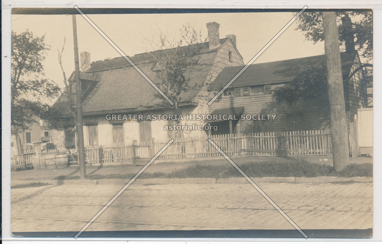 Van der Ende Onderdonk House, Flushing & Ridgewood Aves., BK.