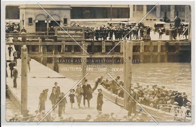 Visitors on the Dock, Dreamland, Coney Island, N.Y.
