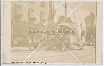 Farmers' Parade, Richmond Avenue, Port Richmond