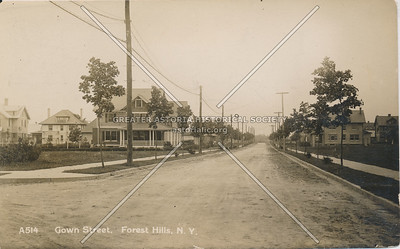Gown St (71 Ave), Forest Hills