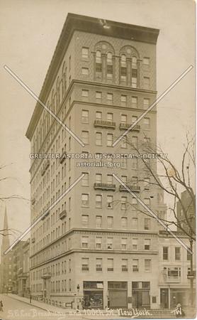 S.E. Cor., Broadway & 100th St., N.Y.