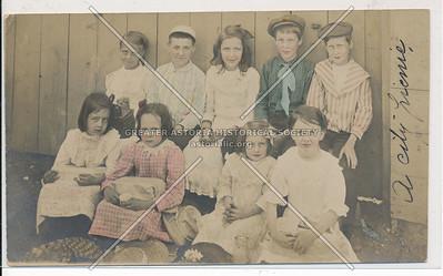 Brooklyn Children (1904)