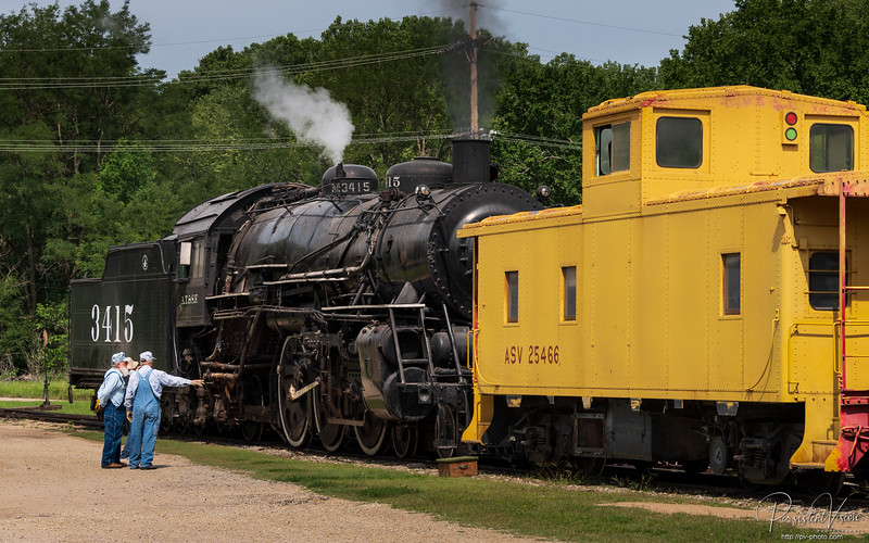A.T.&S.F. Locomotive 3415 coupled to A&SV (UP) Caboose 25466