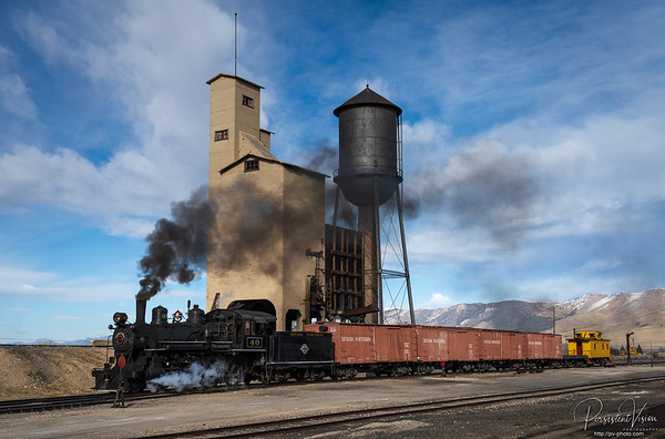 Locomotive #40 in front of the Coaling and Water Towers