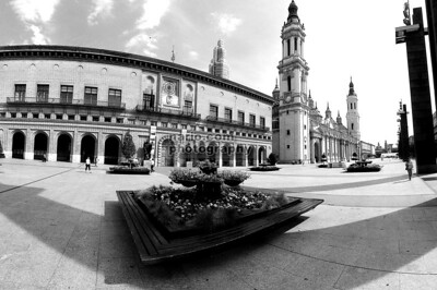 Zaragoza Cathedral Plaza II
