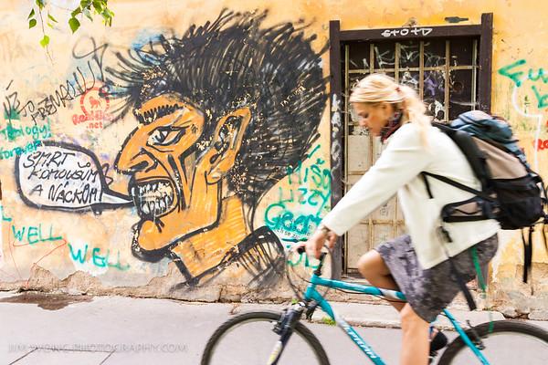 Cyclist, Kampa Island