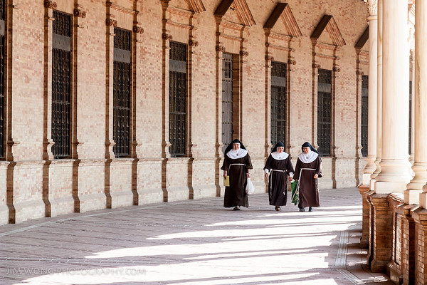 Sisters, Seville