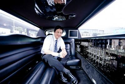 Shanghai Limo Driver, 2011