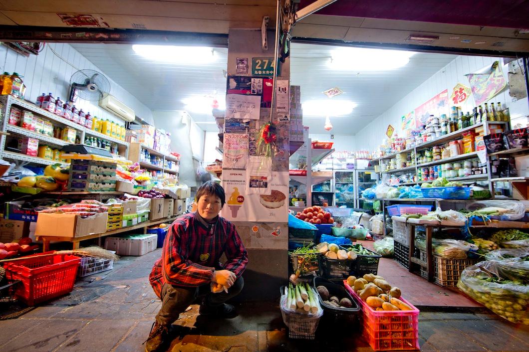 """The famous """"Avocado Lady"""" 2013 January, Shanghai"""