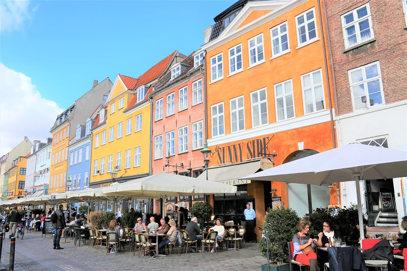 Sit and Enjoy in Nyhavn