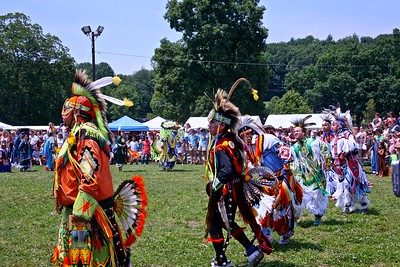 Male dances ar the Skylands PowWow