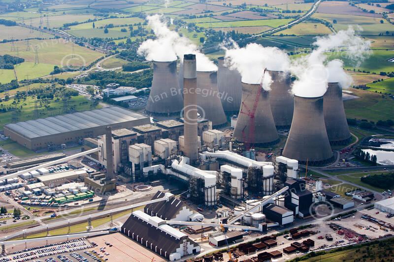 Aerial photo of Ratcliffe on Soar Power Station.