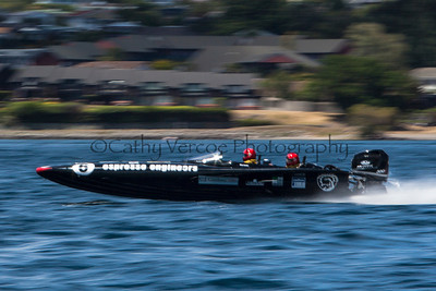 Espresso Engineers at the first race of the 2013 New Zealand Offshore Powerboat Racing season on Lake Taupo. Cathy Vercoe LuvMyBoat.com