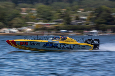 Alimax races at the first race of the 2013 New Zealand Offshore Powerboat Racing season on Lake Taupo. Cathy Vercoe LuvMyBoat.com