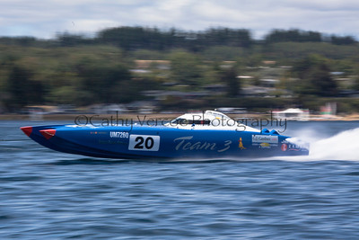 Team 3 speeds at the first race of the 2013 New Zealand Offshore Powerboat Racing season on Lake Taupo. Cathy Vercoe LuvMyBoat.com