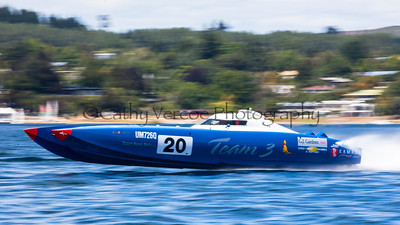 Team 3 competes at the first race of the 2013 New Zealand Offshore Powerboat Racing season on Lake Taupo. Cathy Vercoe LuvMyBoat.com