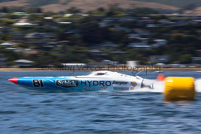 Schick Hydro racing at the first race of the 2013 New Zealand Offshore Powerboat Racing season on Lake Taupo. Cathy Vercoe LuvMyBoat.com
