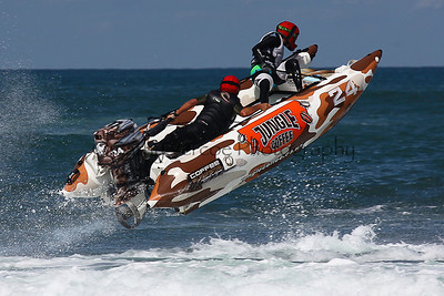 Jungle Coffee leaps into the air at the Thundercat NZ Surfcross Nationals at Piha 2011