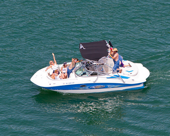 Z-Runabouts-Pontoons-4826
