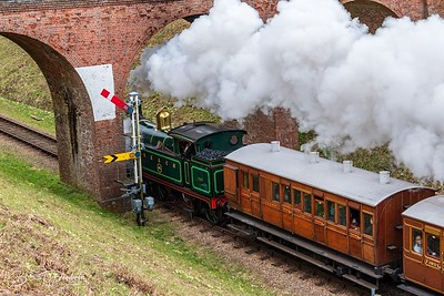 South Eastern & Chatham Railway No.263 at Three Arch Bridge