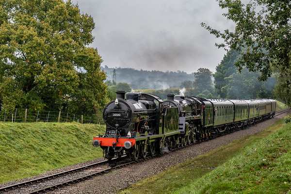 SR Maunsell Q-class No.30541 leads a double header on final approach to Kinscote