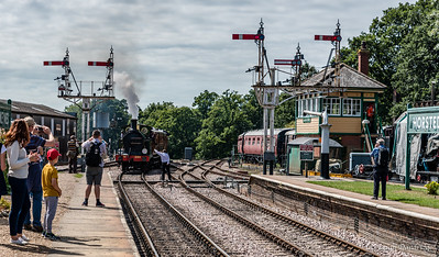 South Eastern & Chatham Railway No.263 approaches Horsted Keynes