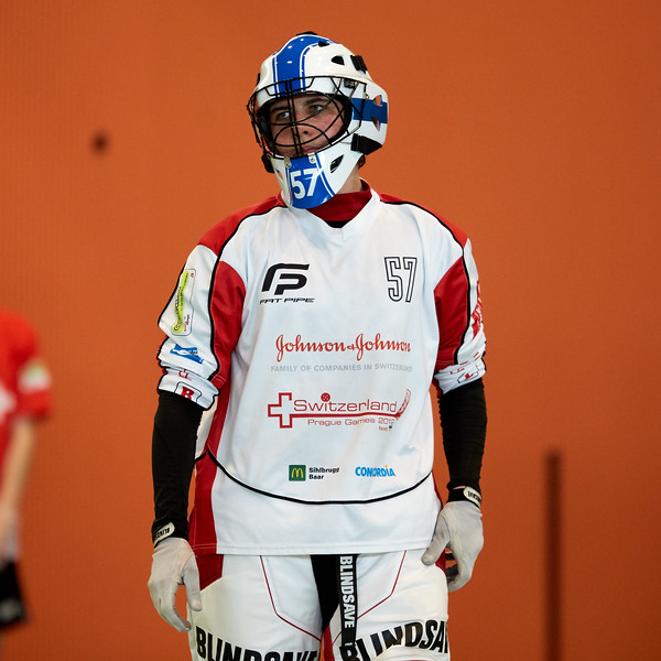 Das Unihockey Nachwuchsturnier Swiss Games wurden als Alternative zu den Prague Games 2020 von verschiedenen Unihockey Vereinen aus der gesamten Schweiz organisiert. <br /> Am Standort Zug, in der Sporthalle der Kantonsschule Zug, fand am 9. und 10 Juli das Turnier in der Alterskategorie Boys B18 statt.<br /> <br /> Bilder: Michael Peter spitzensport@gmx.at