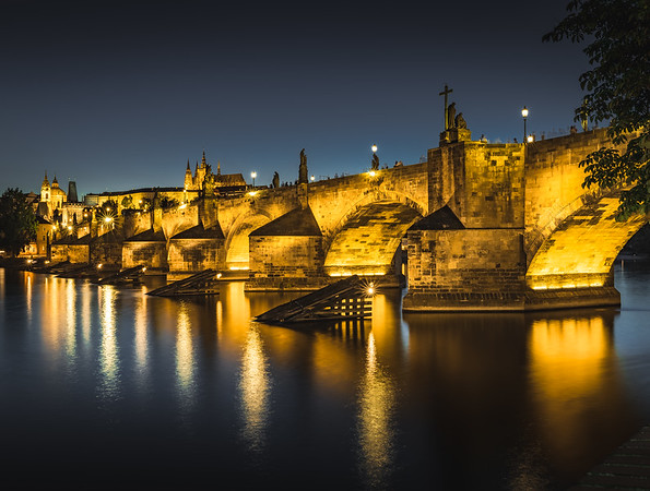 Luminescent Bridge! - Charles Bridge, Prague