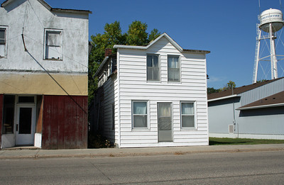 Wolverton MN - a slightly different view.  I must say I like old structures better than the steel building to the right.