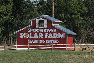 PPI Spoon River Solar Farm construction 8-17-15