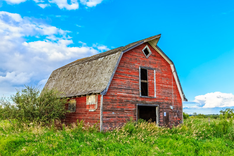 Barn on the Prairies