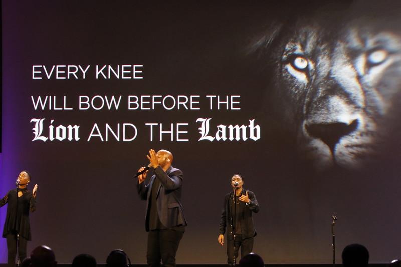 Worship012