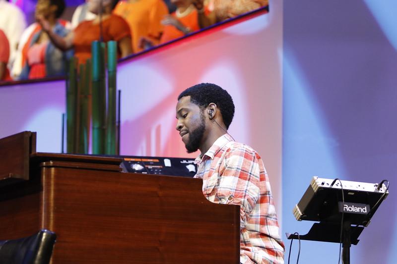 Worship225
