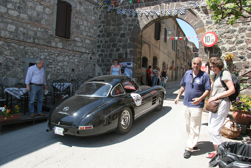 Marco and Barb ignore 300 SL