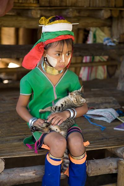 Thailand, long neck girl