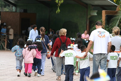 Aurora Zoo, Guatemala City, Guatemala, December 19, 2006 with J.C., Lilliana, Christy, and Pablo