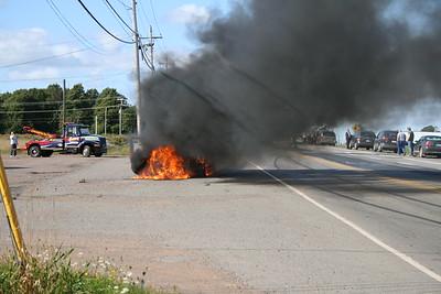 Car burning near Sherwood Motel, Charlottetown, Prince Edward Island, Tuesday, 23 September 2008