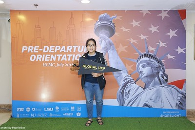 Pre-Departure-Orientation-WefieBox-Photobooth-Vietnam-chup-hinh-in-anh-lay-lien-Su-kien-18