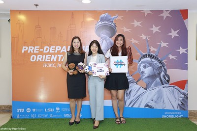 Pre-Departure-Orientation-WefieBox-Photobooth-Vietnam-chup-hinh-in-anh-lay-lien-Su-kien-47